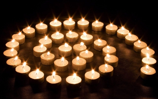 candles-image-candles-36318747-1280-800